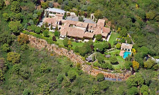 Exclusive villa estate for sale in the area Marbella - Benahavis 3