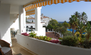 Beachfront apartment to buy on the Golden Mile between Marbella centre and Puerto Banus 3