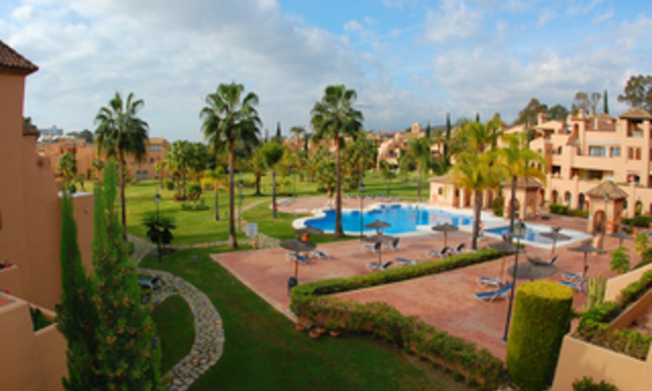 Large penthouse apartment for sale in the area Benahavis - Marbella 1