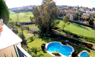 Frontline golf penthouse to buy in Marbella 3