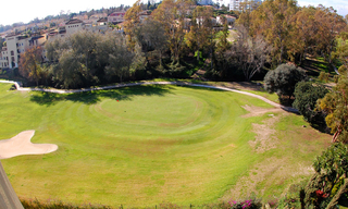 Frontline golf penthouse to buy in Marbella 1