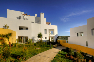 Contemporary new apartments and penthouses for sale, on a golf resort, Costa del Sol 7