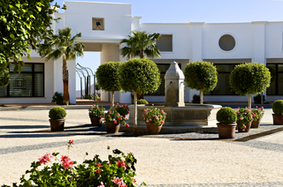 Contemporary new apartments and penthouses for sale, on a golf resort, Costa del Sol 23