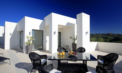 New luxury modern penthouse apartments to buy in Marbella, Costa del Sol