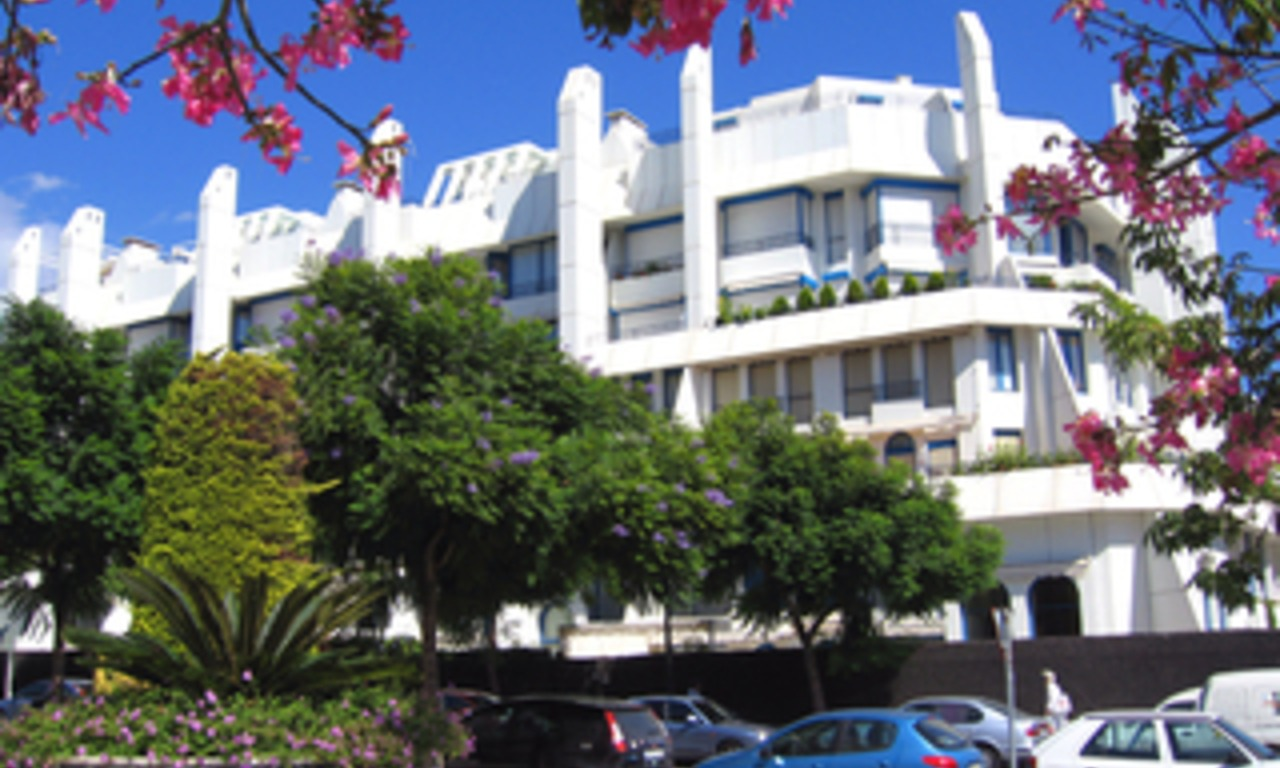 Second line beach apartment for sale in the centre of Marbella 1