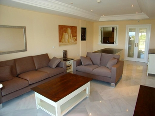 Luxury apartment for sale, frontline beach Golden Mile - Marbella centre 1