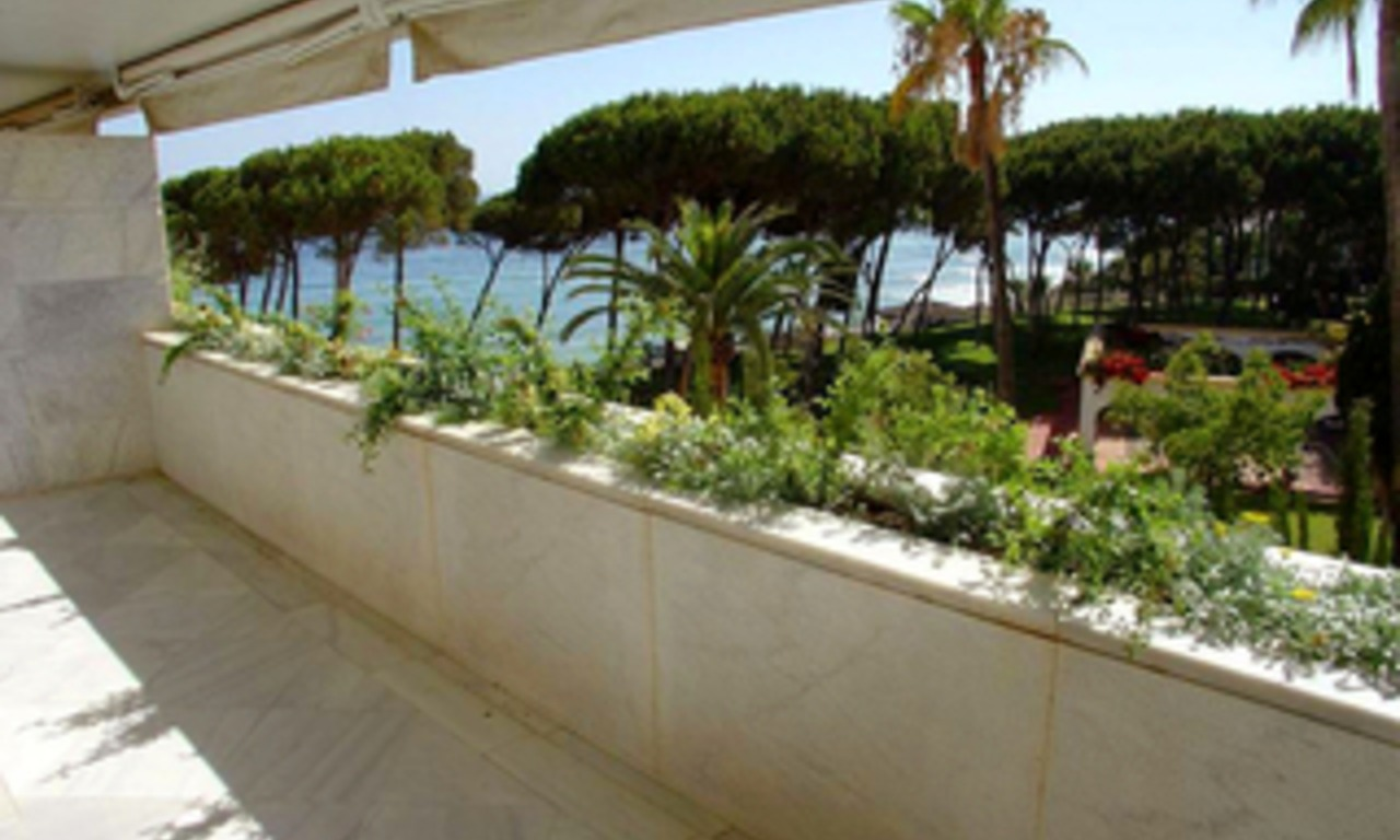 Luxury apartment for sale, frontline beach Golden Mile - Marbella centre 0