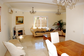 Bargain detached villa for sale in Mijas, Costa del Sol 5