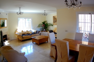 Bargain detached villa for sale in Mijas, Costa del Sol 6