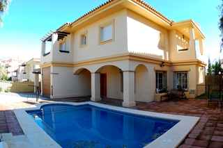 Bargain detached villa for sale in Mijas, Costa del Sol 1