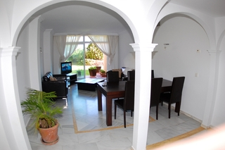 Garden apartment for sale in Nueva Andalucia, Marbella 5