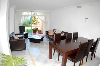 Garden apartment for sale in Nueva Andalucia, Marbella 4