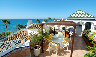 Spacious frontline beach penthouse for sale, New Golden Mile, between Marbella and Estepona. 6