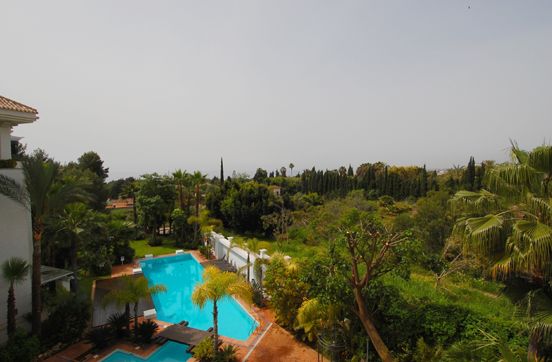 Marbella Golden Mile for sale: Luxury apartment to buy