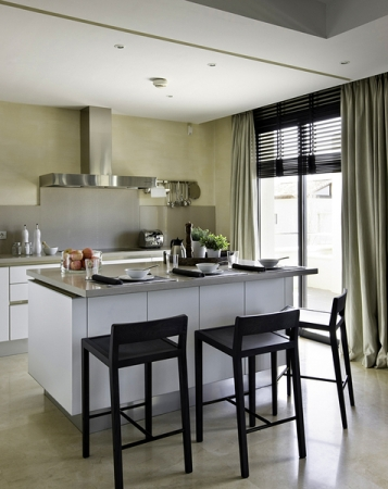 Modern and Luxury penthouse apartment for sale, Golden Mile, Marbella 7