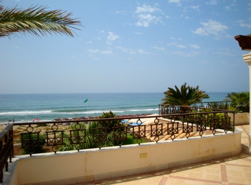 Exclusive beachfront penthouse for sale on the beach of Los Monteros in Marbella 1