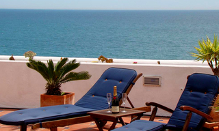 Beachfront penthouse apartment for sale in Estepona 0