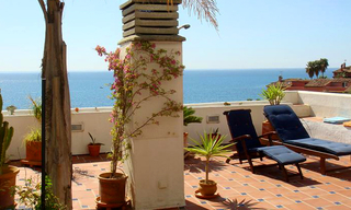 Beachfront penthouse apartment for sale in Estepona 2