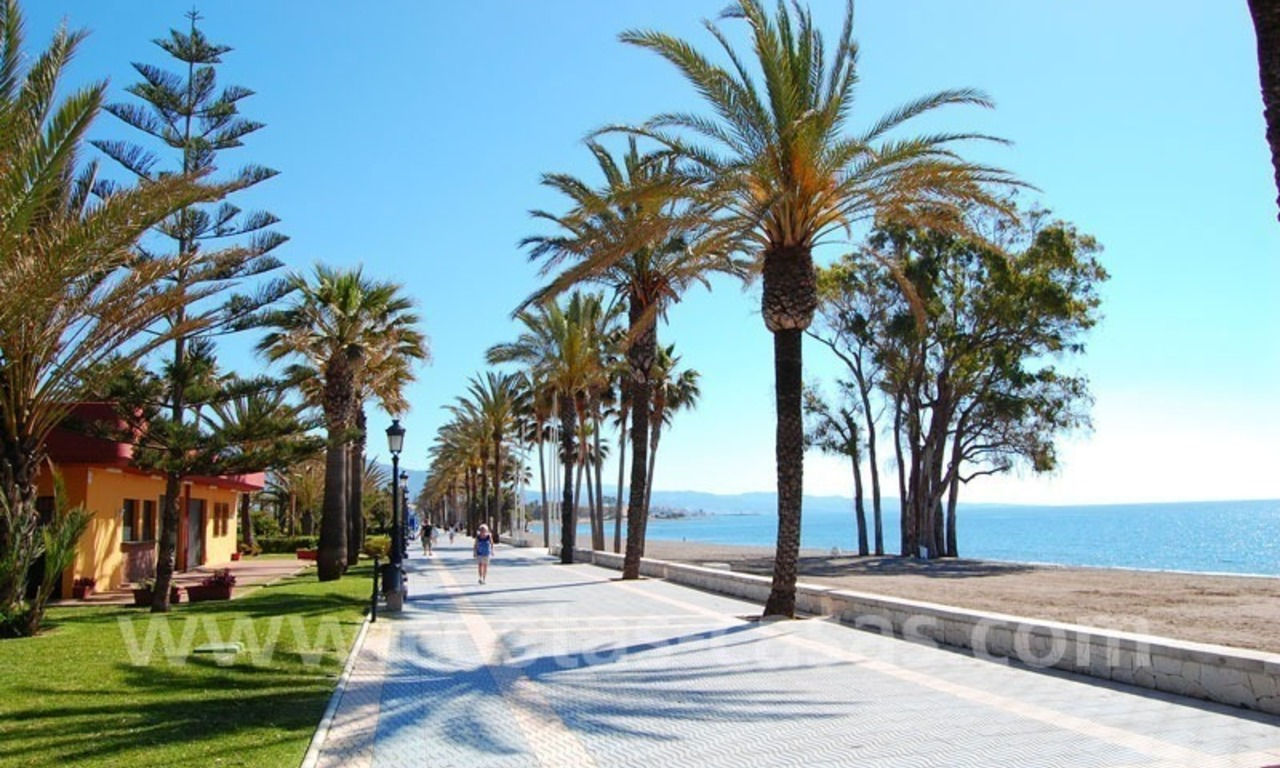 First line beach apartment for sale in Frontline beach gated complex at San Pedro te Marbella 1