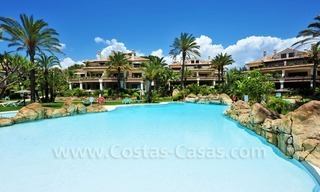 Exclusive beachfront penthouse for sale on the beach of Los Monteros in Marbella 6