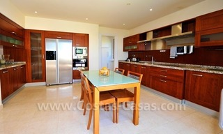Beachfront apartment for sale in Los Monteros Playa, Marbella 18