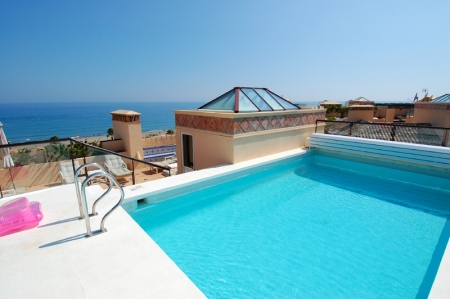 Frontline beach penthouse for sale - New Golden Mile between Puerto Banus (Marbella) and the centre of Estepona 3