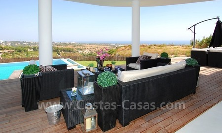 Distressed sale - Modern style villa for sale in a gated golf resort between Marbella, Benahavis and Estepona 11