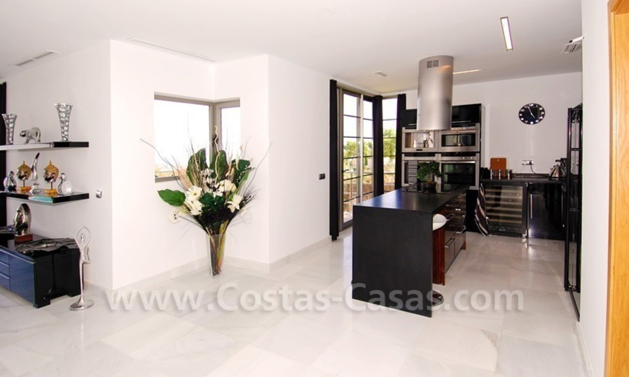 Distressed sale - Modern style villa for sale in a gated golf resort between Marbella, Benahavis and Estepona 18