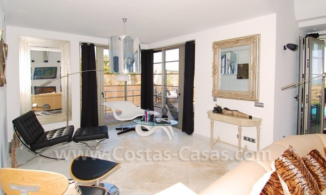 Distressed sale - Modern style villa for sale in a gated golf resort between Marbella, Benahavis and Estepona 15