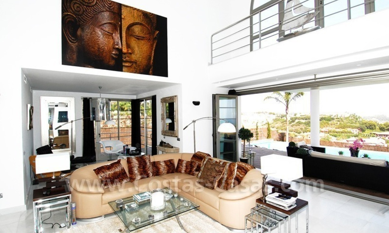 Distressed sale - Modern style villa for sale in a gated golf resort between Marbella, Benahavis and Estepona 16