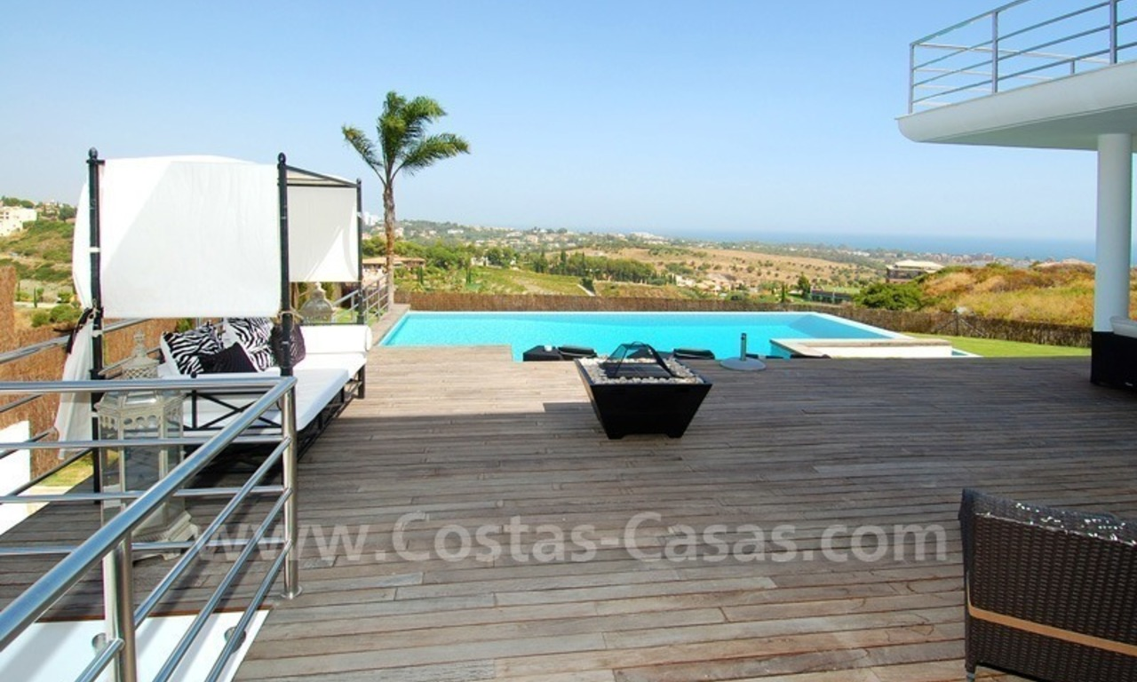 Distressed sale - Modern style villa for sale in a gated golf resort between Marbella, Benahavis and Estepona 13