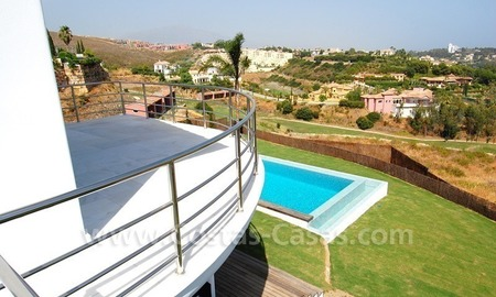 Distressed sale - Modern style villa for sale in a gated golf resort between Marbella, Benahavis and Estepona 29