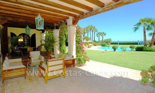 Frontline beach villa for sale, Marbella - Estepona 10