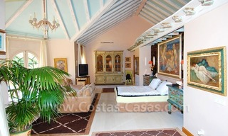Frontline beach villa for sale, Marbella - Estepona 23