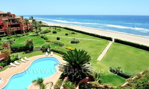 Exclusive beachfront penthouse apartment for sale frontline beach of Los Monteros in Marbella