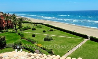 Exclusive beachfront penthouse apartment for sale frontline beach of Los Monteros in Marbella 1