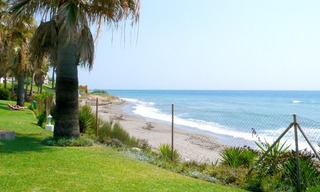 Frontline beach apartment for sale in Mijas, Costa del Sol 1