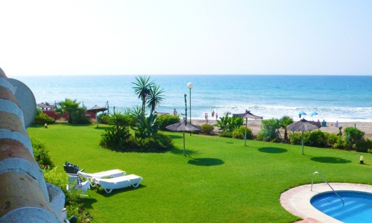 Beachfront apartment for sale, Mijas, Costa del Sol, Spain 1