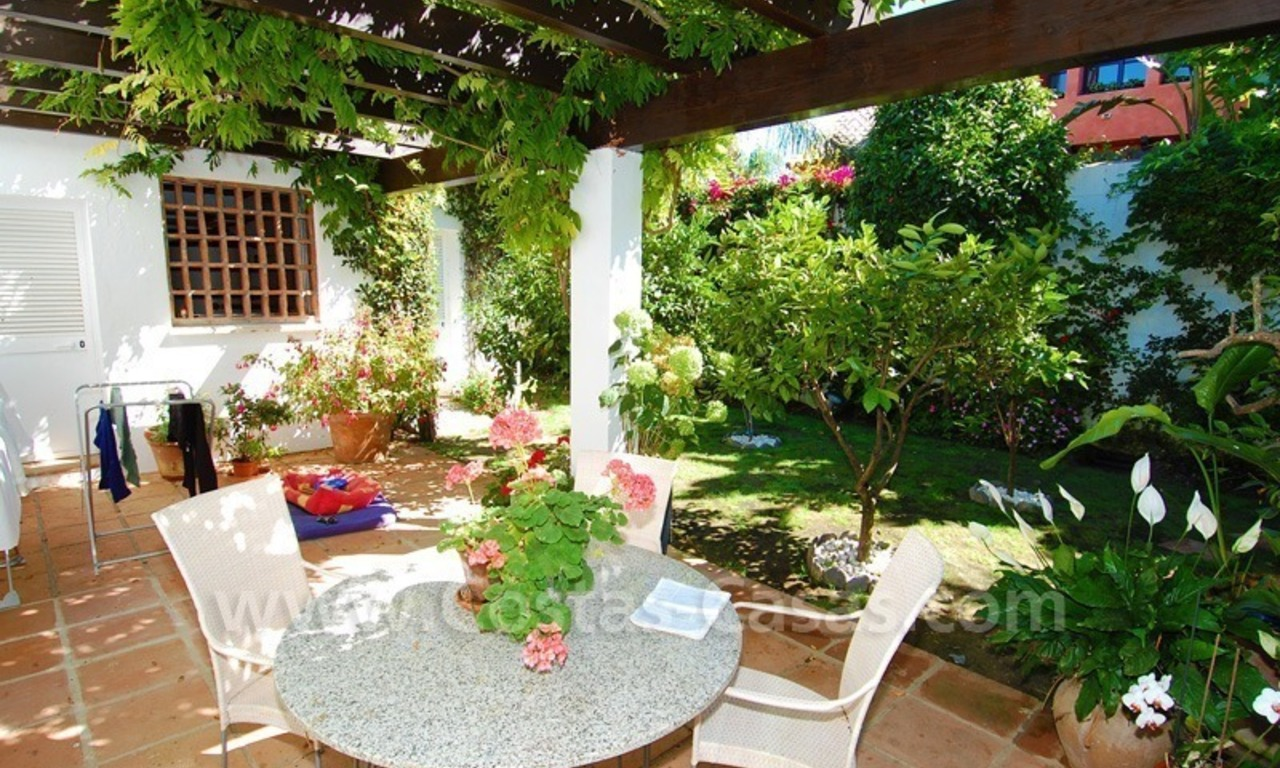 Exclusive frontline beach villa for sale, Marbella - Estepona 20
