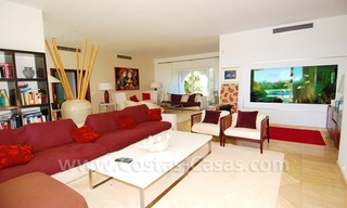 Exclusive frontline beach villa for sale, Marbella - Estepona 13