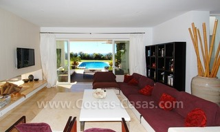 Exclusive frontline beach villa for sale, Marbella - Estepona 14