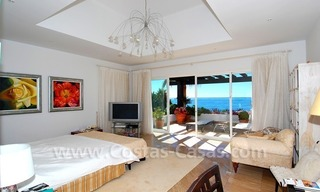 Exclusive frontline beach villa for sale, Marbella - Estepona 22