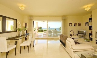 Frontline beach garden apartment for sale in Cabopino, Marbella 7