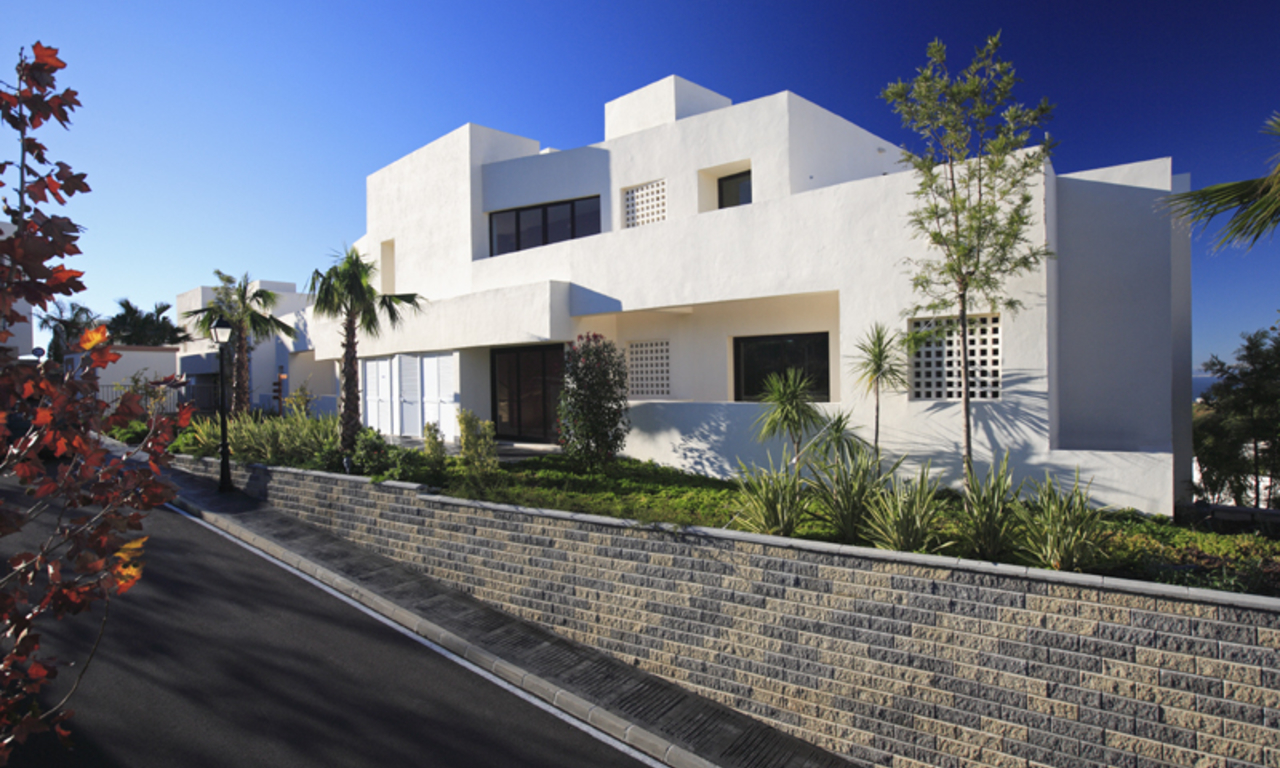 Luxury modern apartments for sale in Marbella with spectacular sea views 6