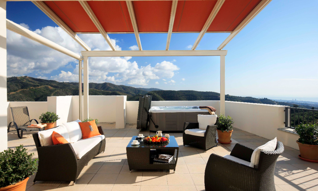 Luxury modern apartments for sale in Marbella with spectacular sea views 1