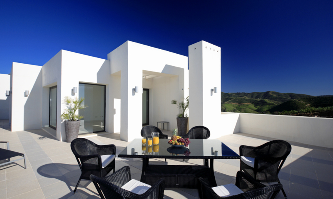 Luxury modern apartments for sale in Marbella with spectacular sea views 2