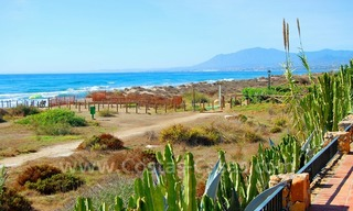 Beachfront exclusive villa for sale, frontline beach, Los Monteros - Bahia de Marbella - Marbella 3