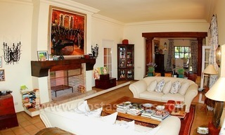 Beachfront exclusive villa for sale, frontline beach, Los Monteros - Bahia de Marbella - Marbella 9