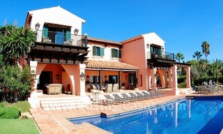Beachfront exclusive villa for sale, frontline beach, Los Monteros - Bahia de Marbella - Marbella 5