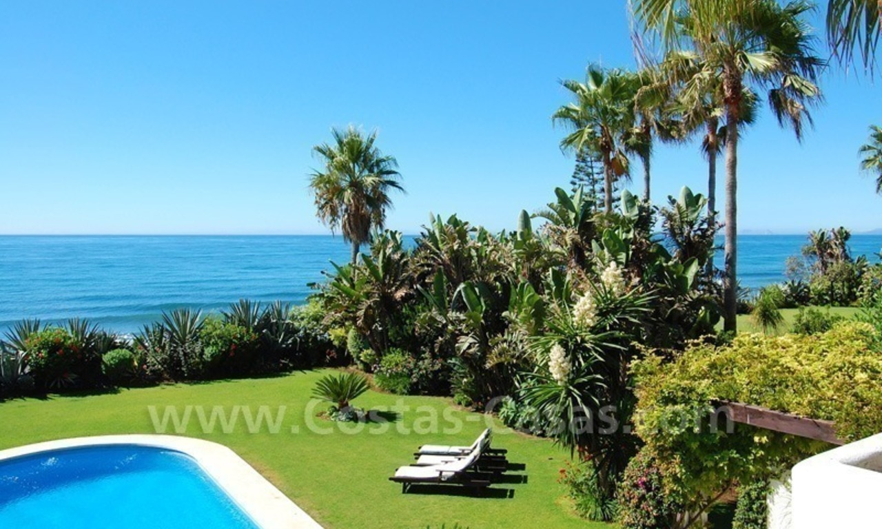 Exclusive frontline beach villa for sale, Marbella - Estepona 1